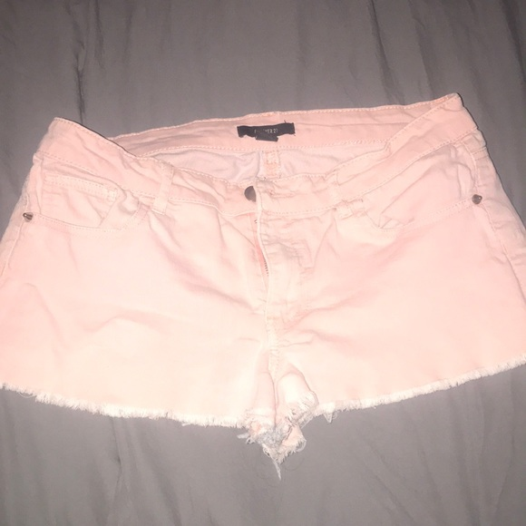 Forever 21 Pants - Forever 21 peach/light pink shorts